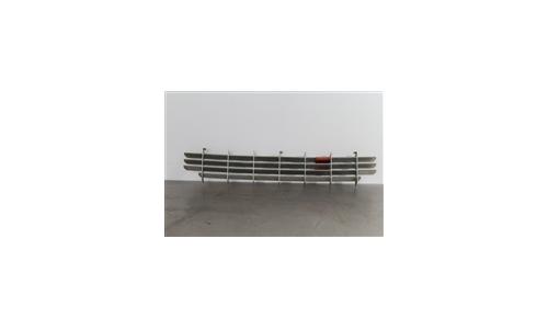 GRILLE DE RADIATEUR FERRARI 308 QV (61183700)